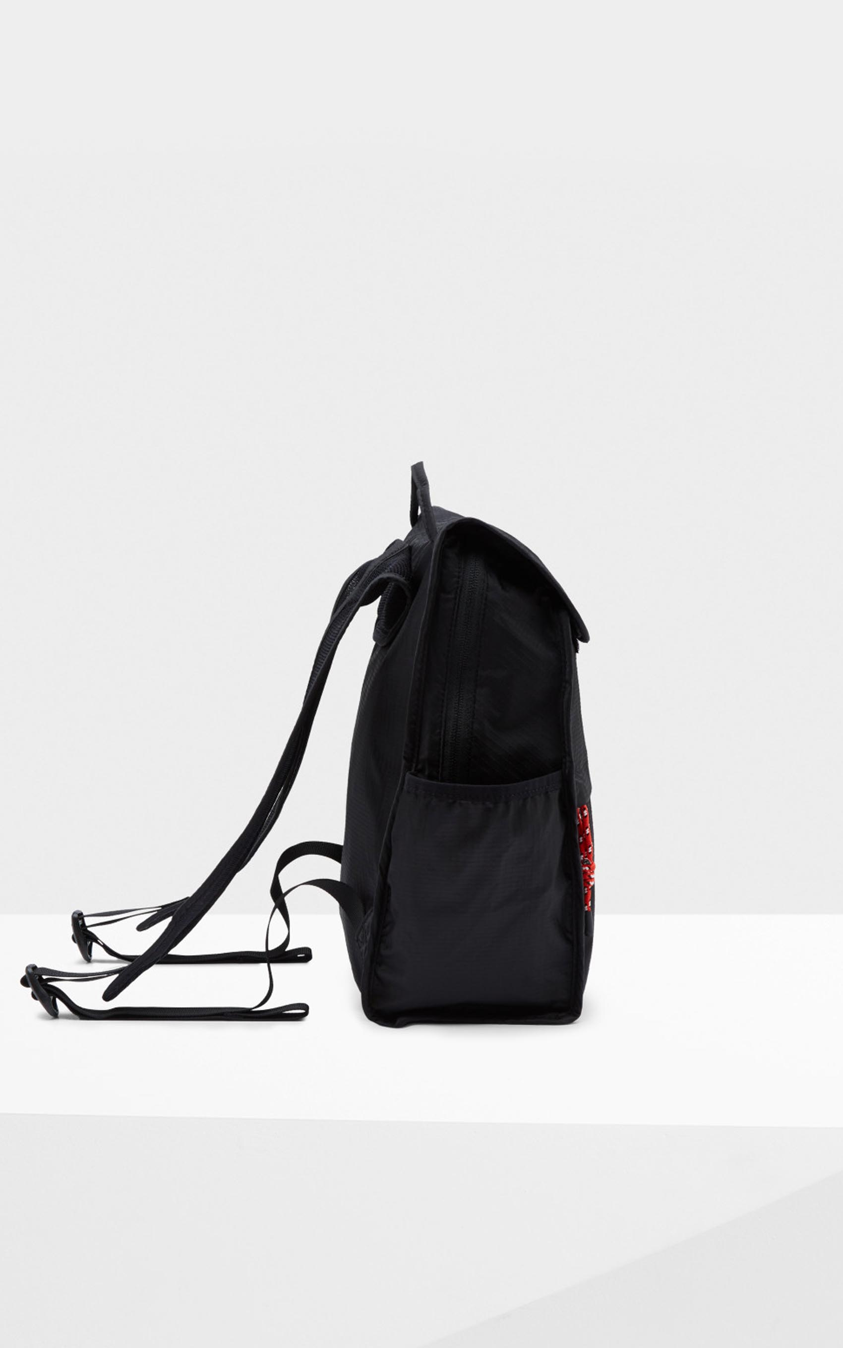 paula_hunter-original-packable-backpack_42-26-2018__picture-17483