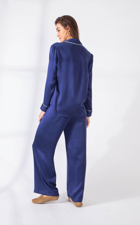paula_pijama-coppola-largo-silk_08-03-2021__picture-45282